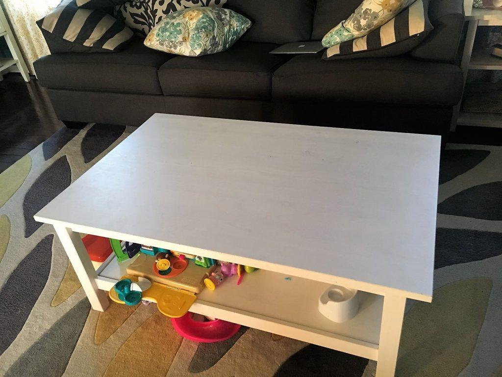 Living room table set coffee table